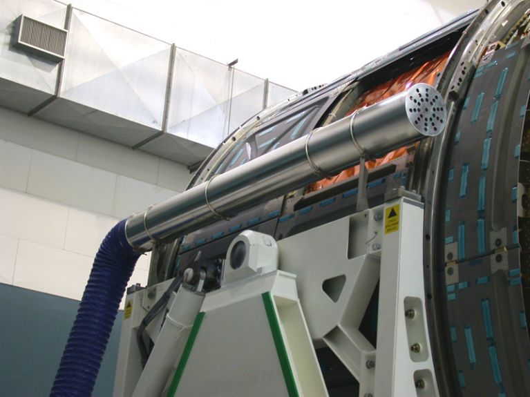 Realizzazione disegni tecnici canale perforato tessuto Novara